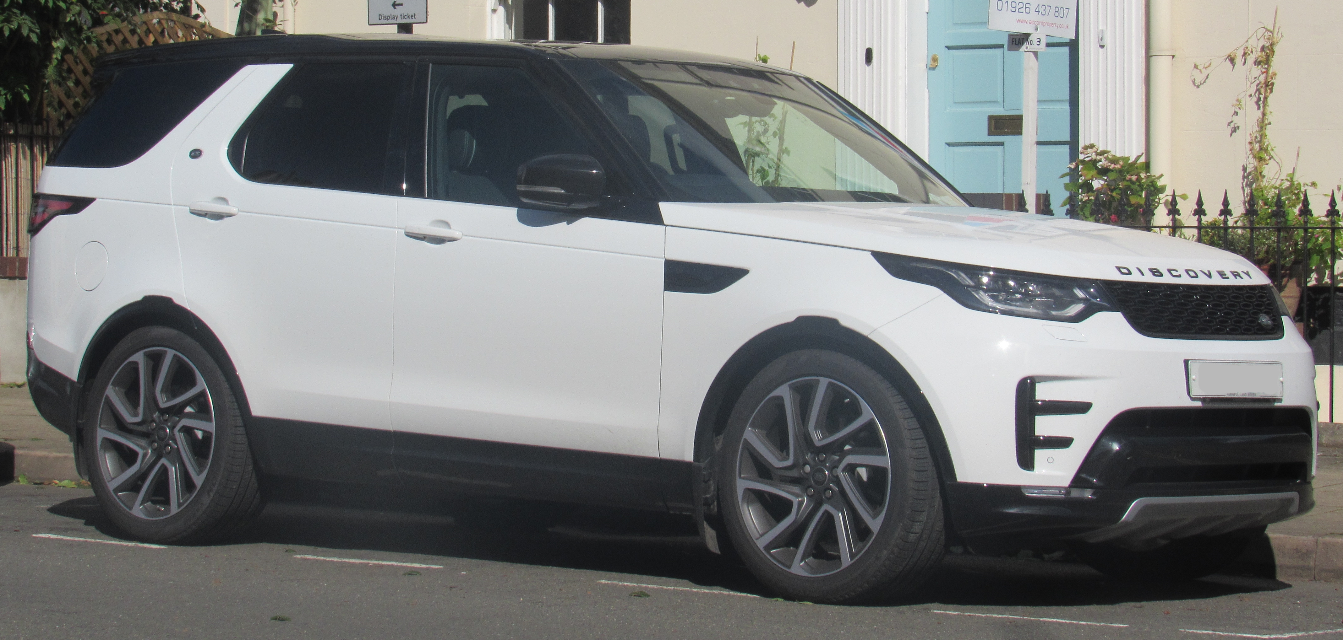 land rover discovery manual or automatic
